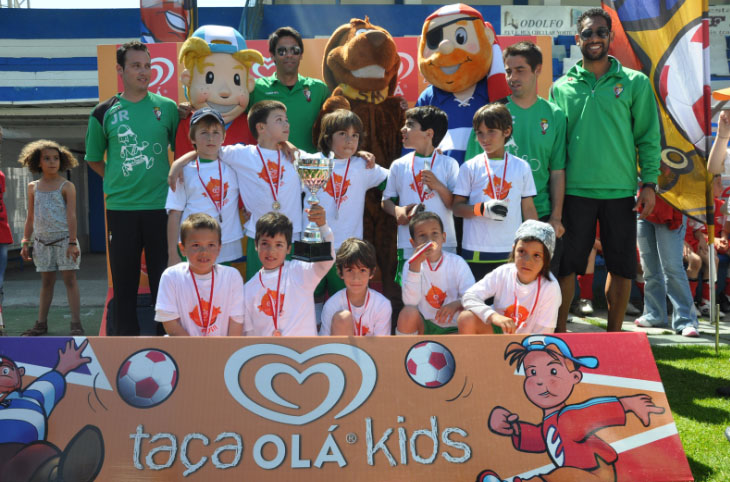 taca-futebol-ola-kids