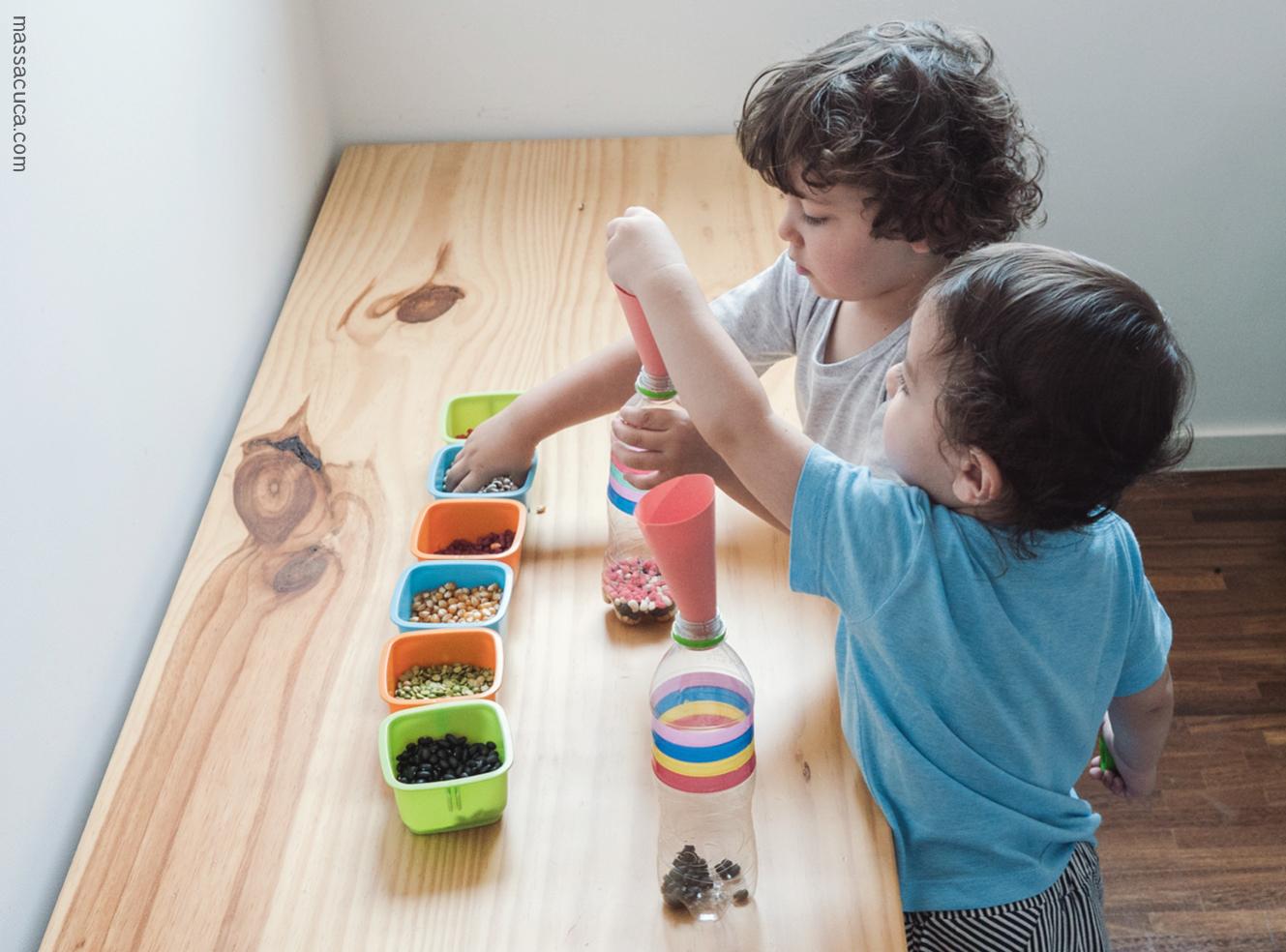 Garrafas Sensoriais para crianças